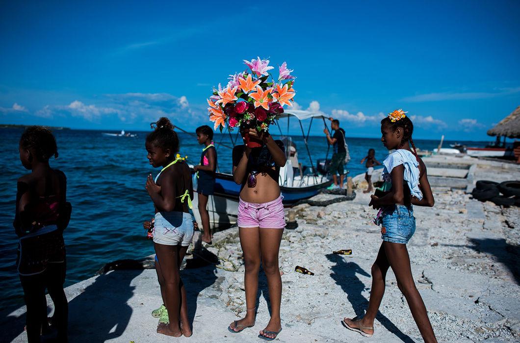 Жизнь на самом густонаселенном острове планеты