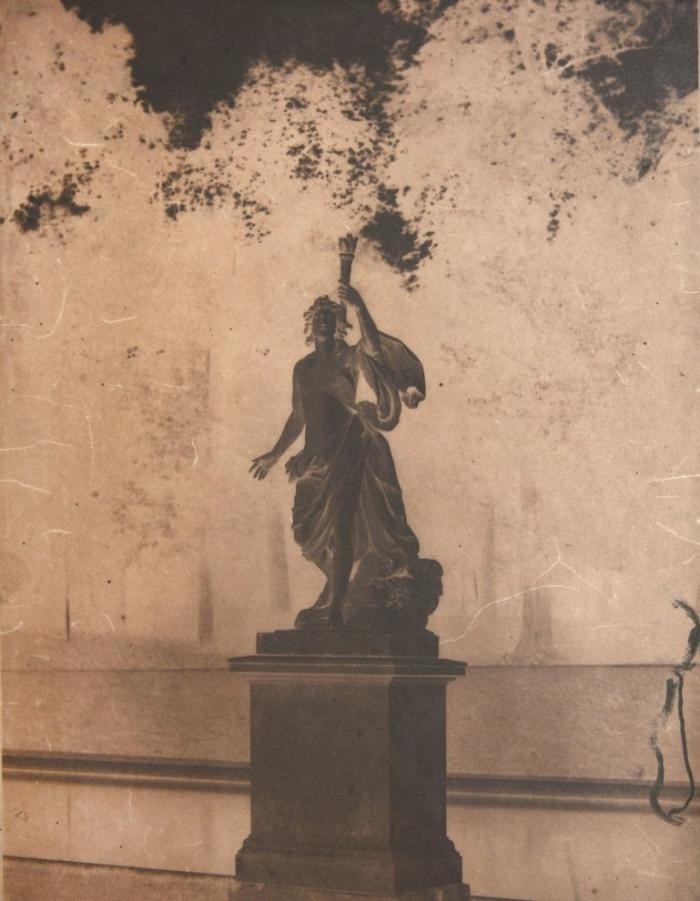 Выставка фотографий, сделанных в 19 веке