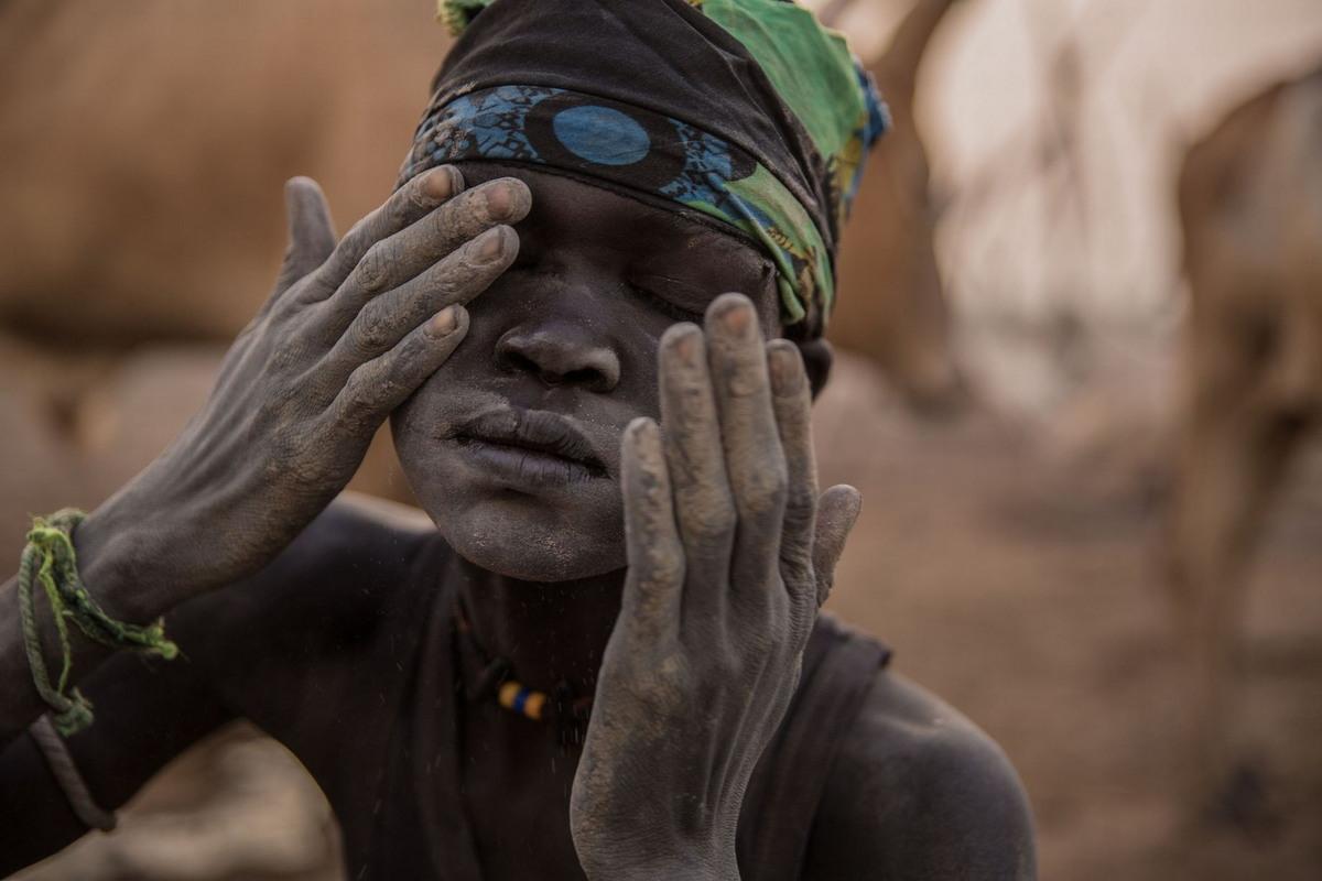 Жизнь племени Динка на равнинах Южного Судана