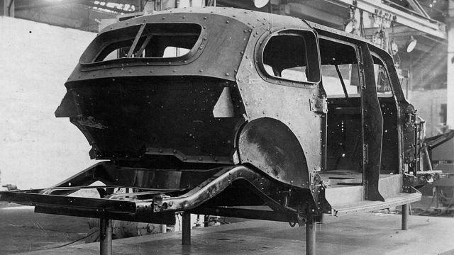 Испытания для правительственного бронированного автомобиля