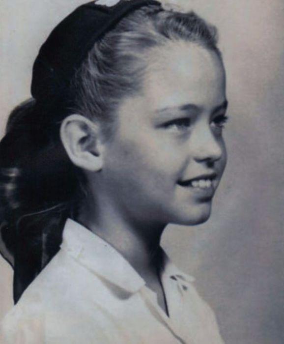 Знаменитости на детских фотографиях
