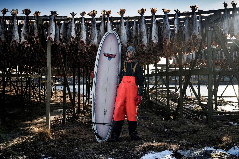 Суровый арктический серфинг в Норвегии