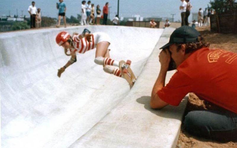 Горячие скейтбордистки из 70-х