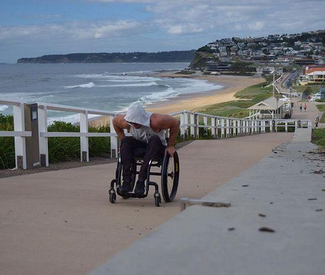Инвалид-колясочник Скотт Дулан три дня взбирался на Эверест
