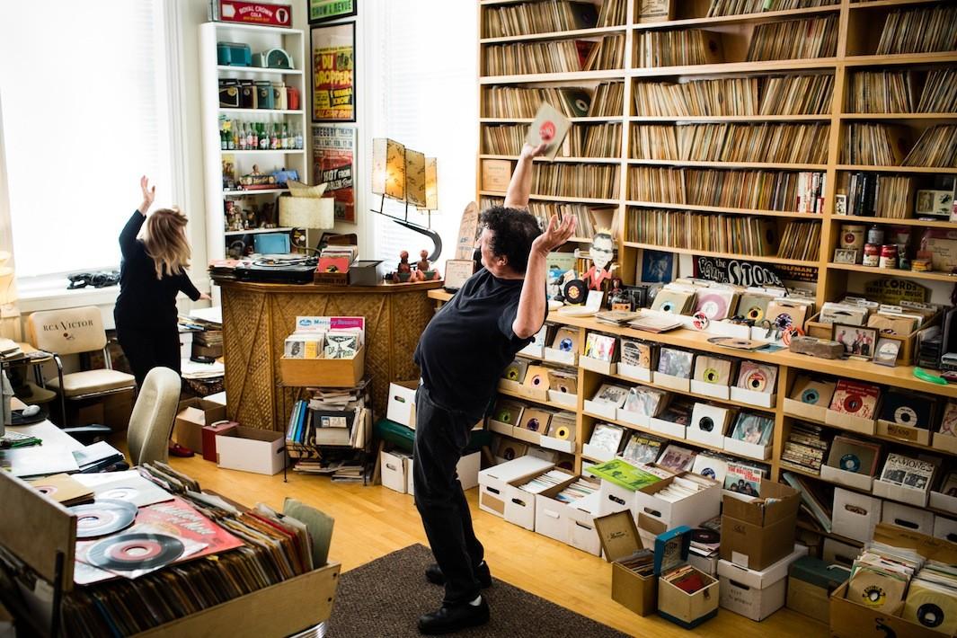 Невероятные коллекции виниловых пластинок и их владельцы