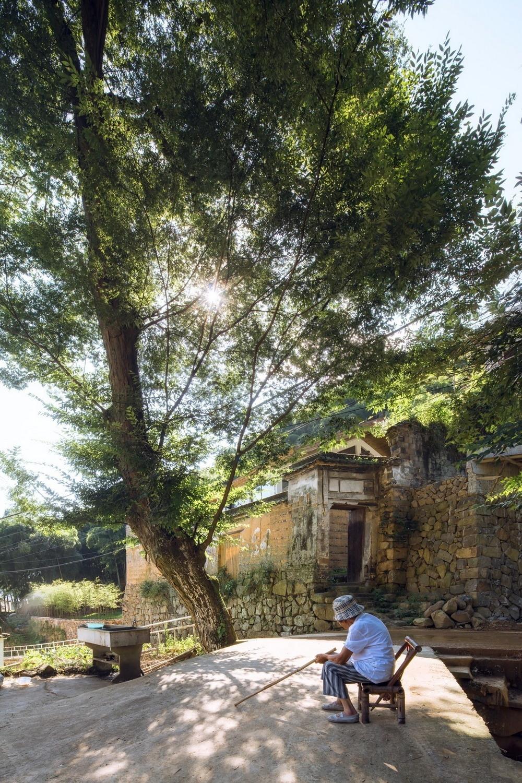Загородная резиденция на месте старого дома в Китае
