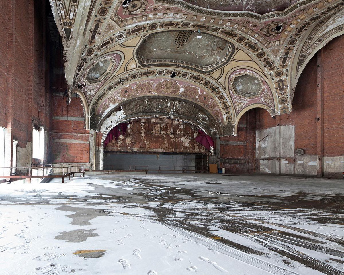 Город-призрак Детройт в объективе Дженнифер Гарза-Куэн
