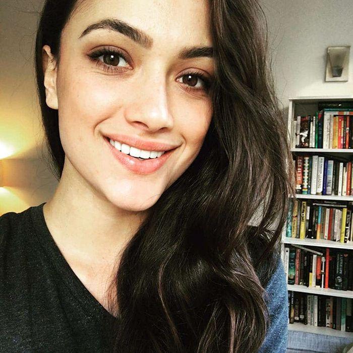 Красивые и милые девушки с естественной красотой