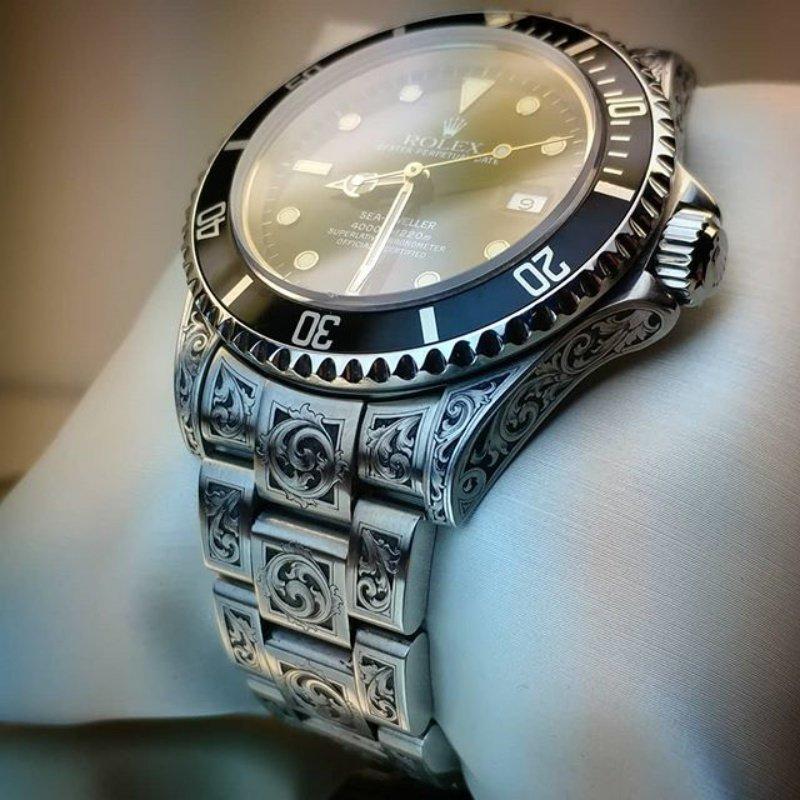Гравировка - способ сделать дорогие часы ещё дороже