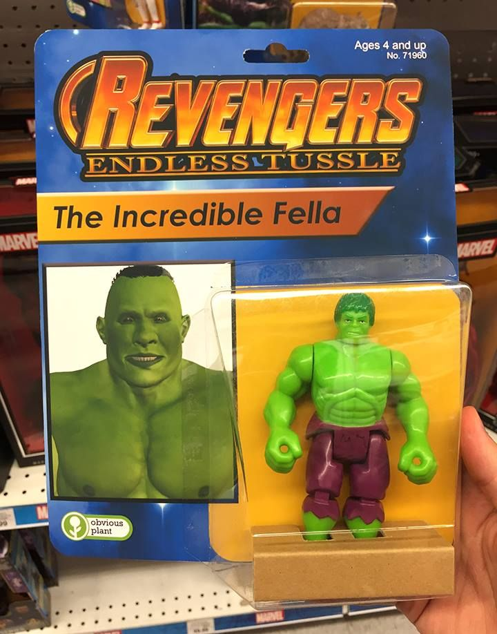 Идиотские фигурки Мстителей от американского комика