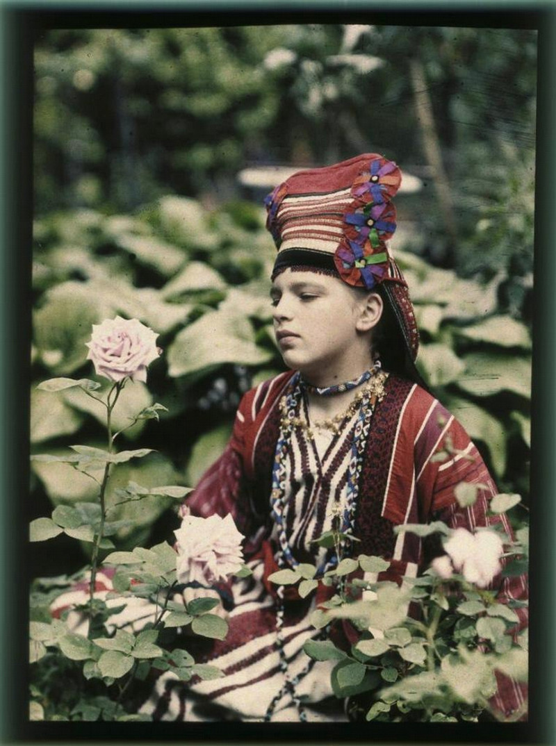 Дореволюционные цветные снимки от Петра Веденисова