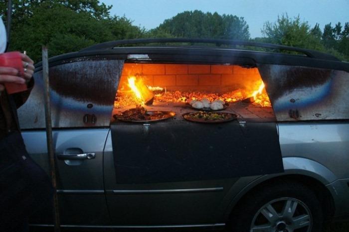 Печь для приготовления пиццы из автомобиля