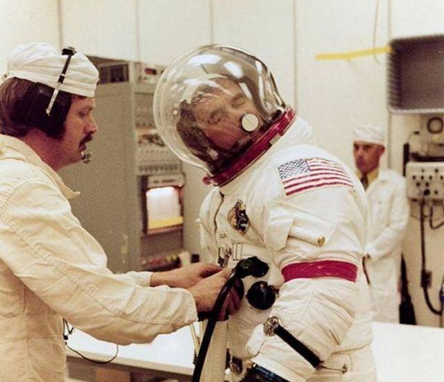 Полезное приспособление для космонавтов