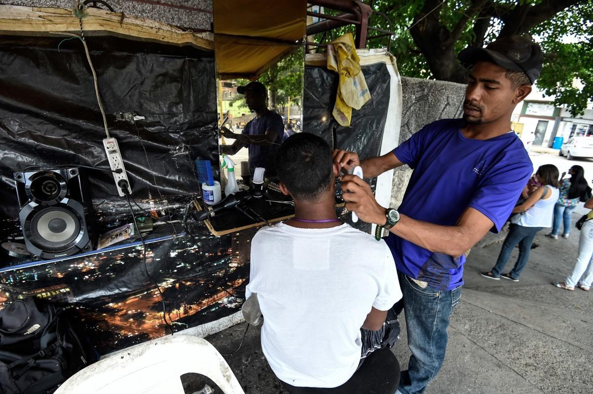 Уличные парикмахерские в Венесуэле