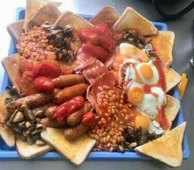 Английский завтрак, который никто не может съесть