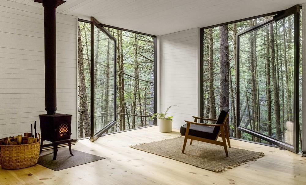 Лесной дом на дереве в США