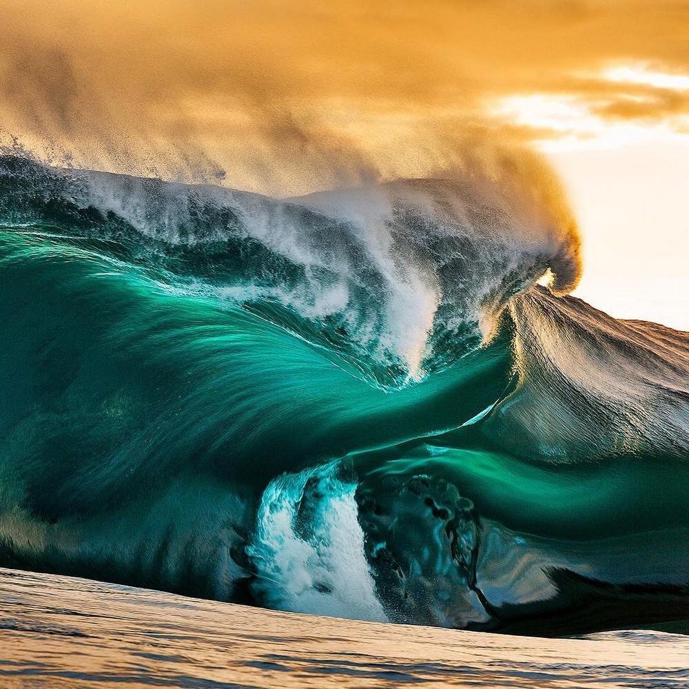Удивительная красота волн на снимках Эндрю Семарка