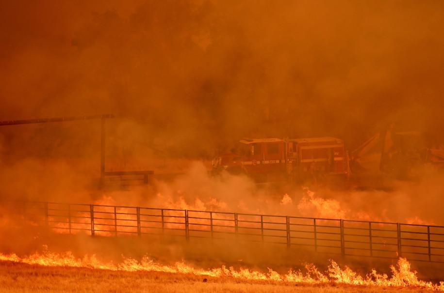 Сильные лесные пожары бушуют в Калифорнии