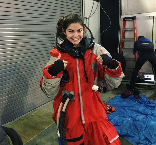 17-летняя девушка собирается отправиться на Марс
