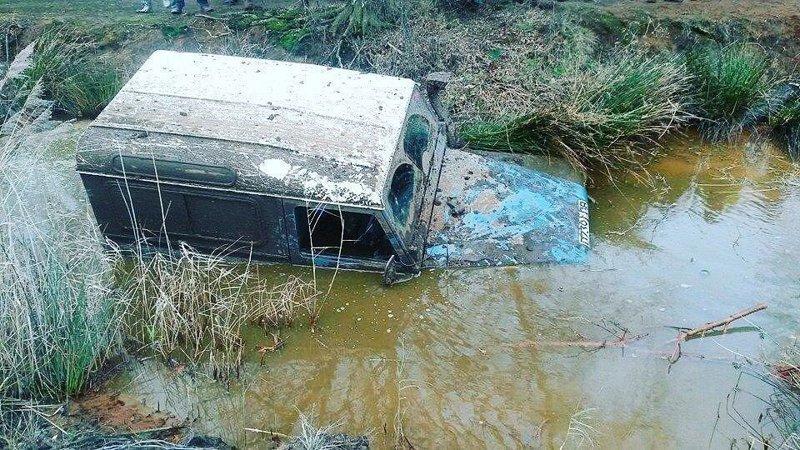Не каждый трактор доедет туда, где застрял джип