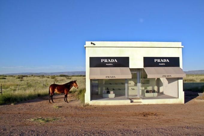 10 ценных вещей, которые были найдены в пустыне