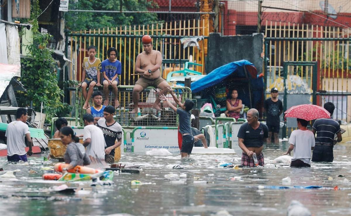 Шторм Сон-Тин побушевал на Филиппинах