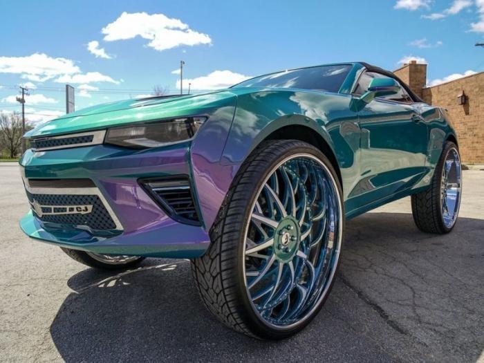 Chevrolet Camaro в безумном тюнинге по-американски
