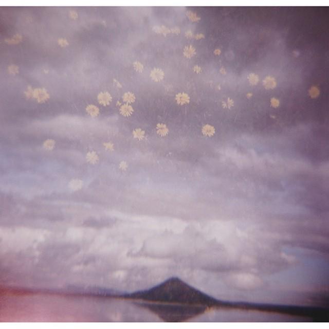 Таинственные и психоделические снимки Японии от Шона Лотмана