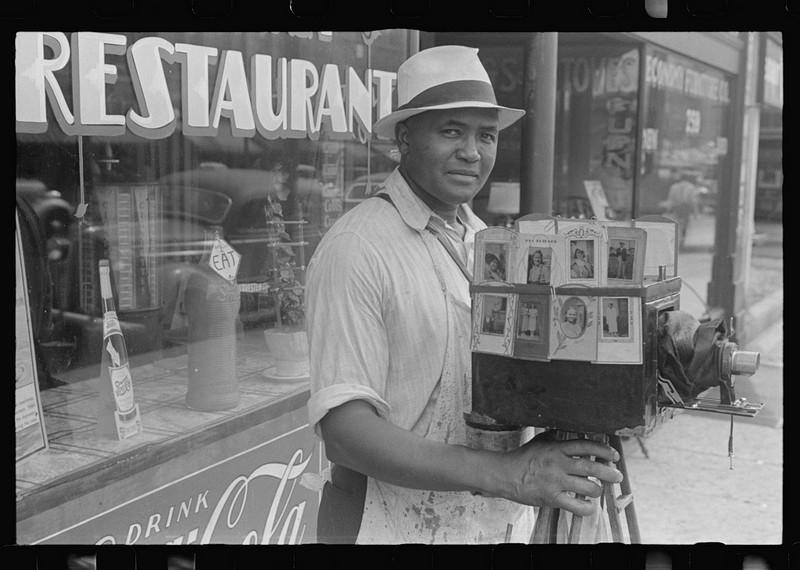 Джентльмены и их фотоаппараты на снимках начала 20-го века