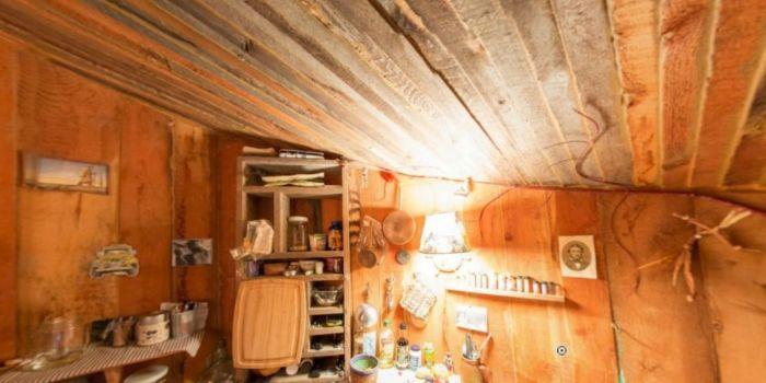 Уютный домик в дремучем лесу
