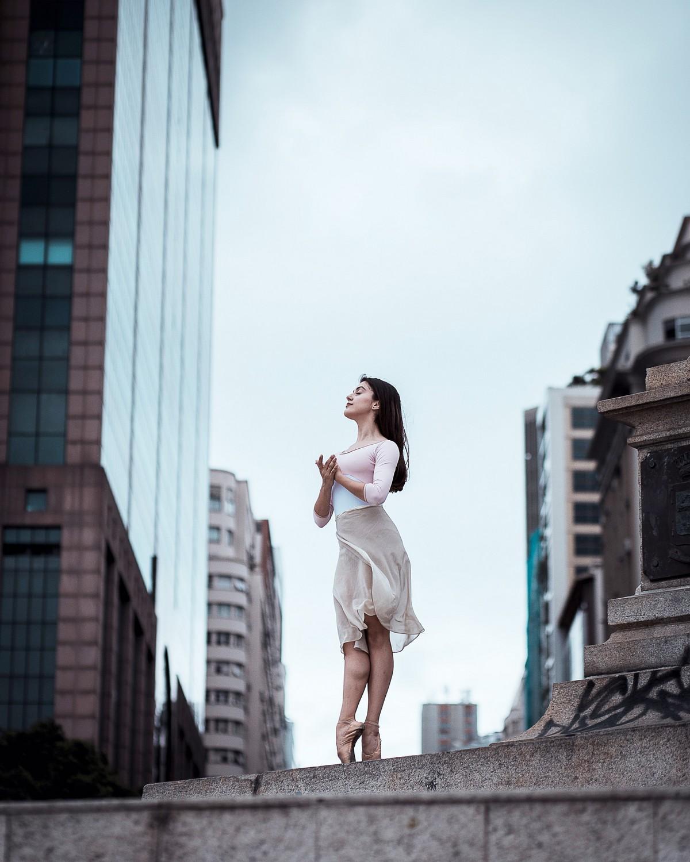 Балерины на улицах Рио-де-Жанейро от Алессандро Марихно