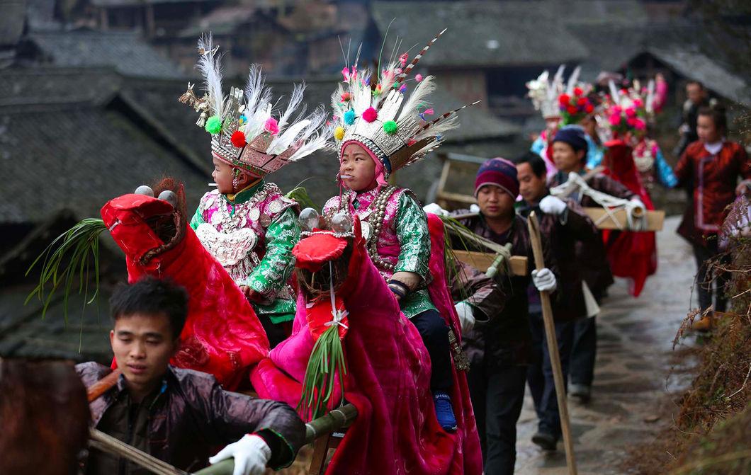 О жизни национальных меньшинств Китая
