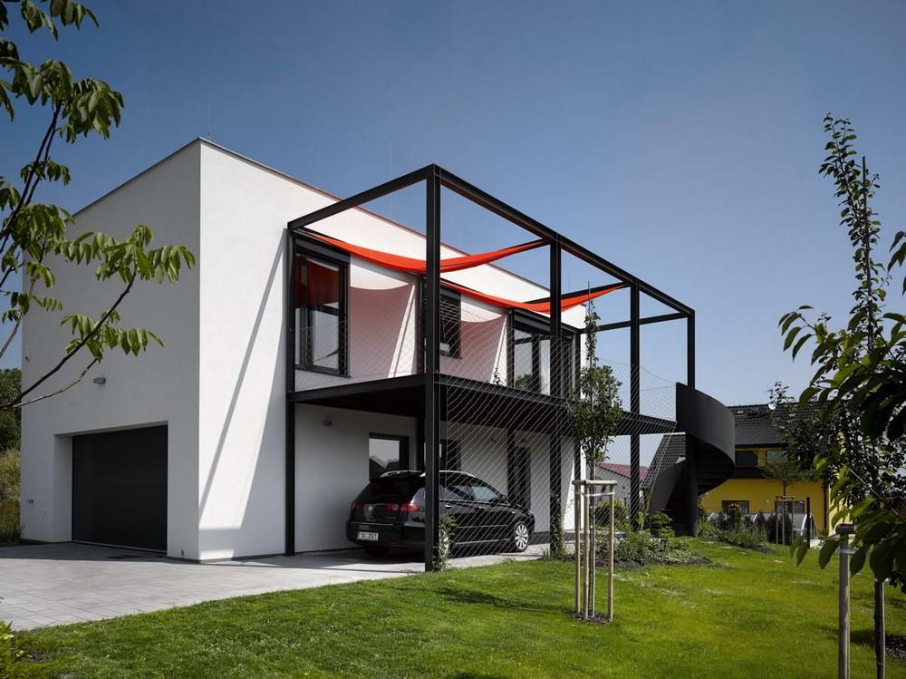 Минималистский дом для автогонщика в Чехии