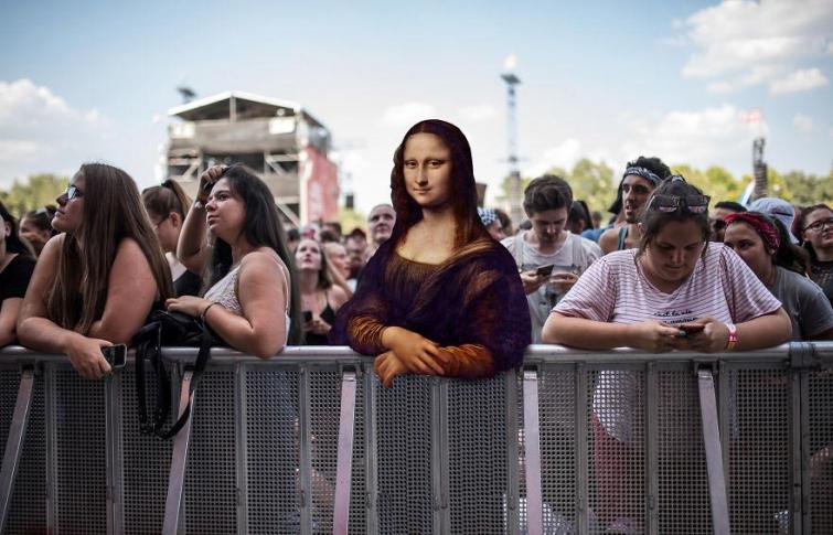 Если бы герои классических картин попали на музыкальный фестиваль