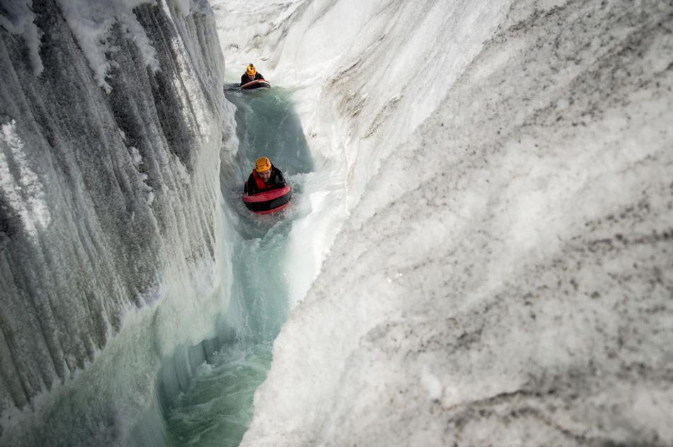 Экстремальный гидроспидинг по горным ледяным рекам