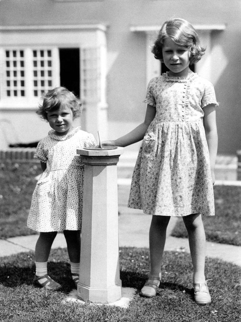В детстве у Елизаветы II был потрясающий миниатюрный дом
