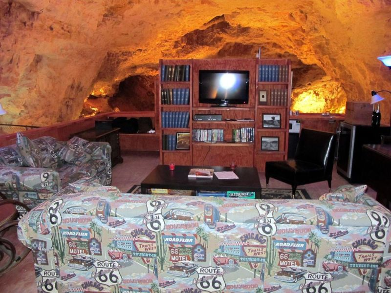 Самый глубокий и самый тихий номер в мире в недрах пещеры