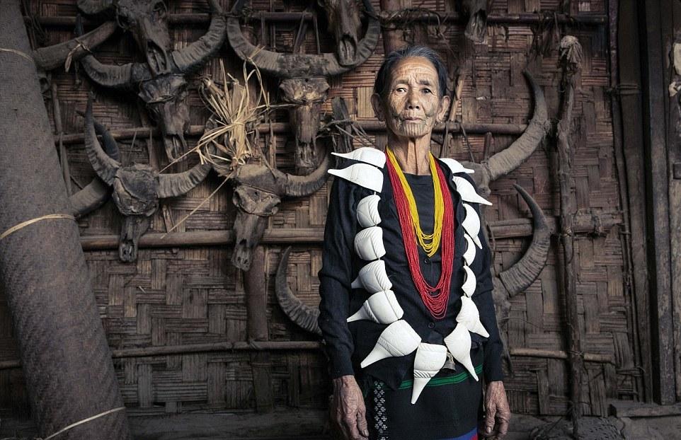 Захватывающие портреты исчезающего племени охотников за головами