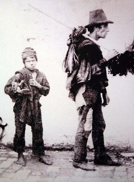 Каким был детский труд 100-200 лет назад