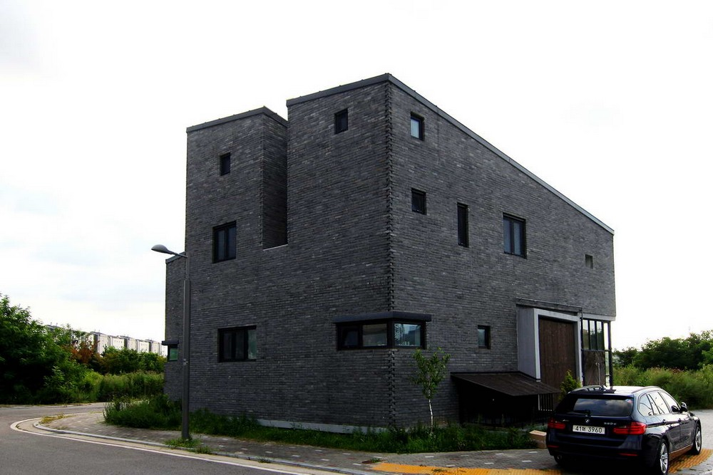 Двойной дом для двух семей в Южной Корее