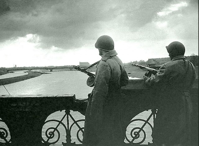 Интересные архивные фотографии Берлина 1945 года