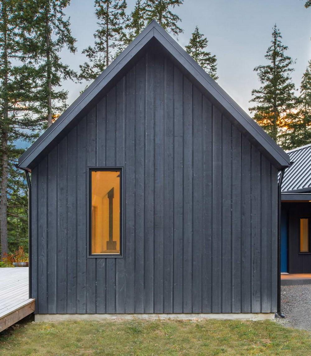 Простой дом на длинном полуострове в США