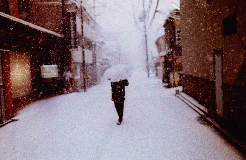 Таинственная Япония на фотографиях Шона Лотмана