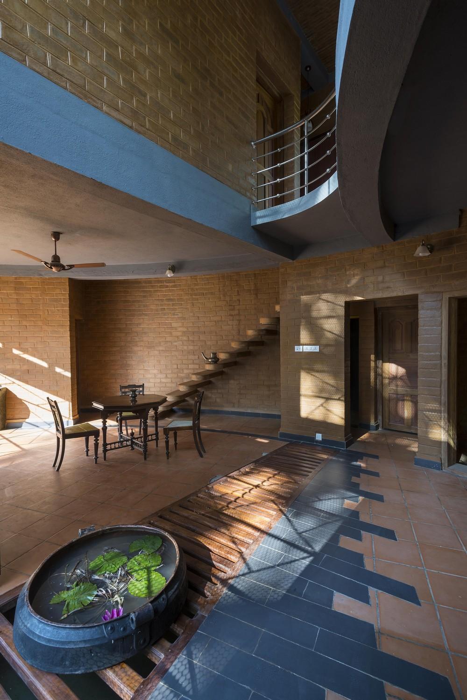 Резиденция из кирпича в Индии