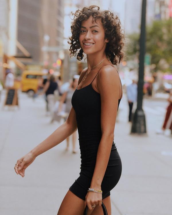 Модели, которые выступят на предстоящем показе Victoria's Secret