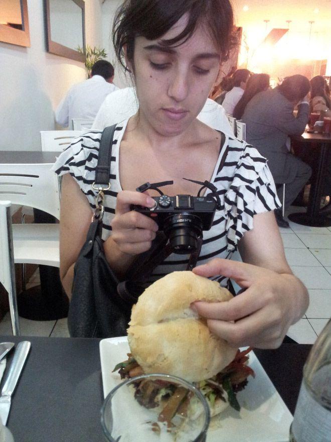 Можно ли есть блюдо, не фотографируя его?