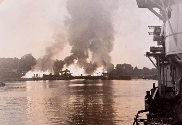 Архивные кадры первых орудийных залпов Второй мировой войны
