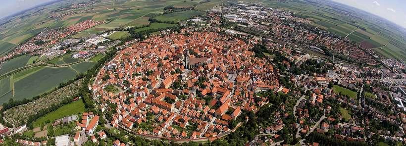 Город в метеоритном кратере в Германии