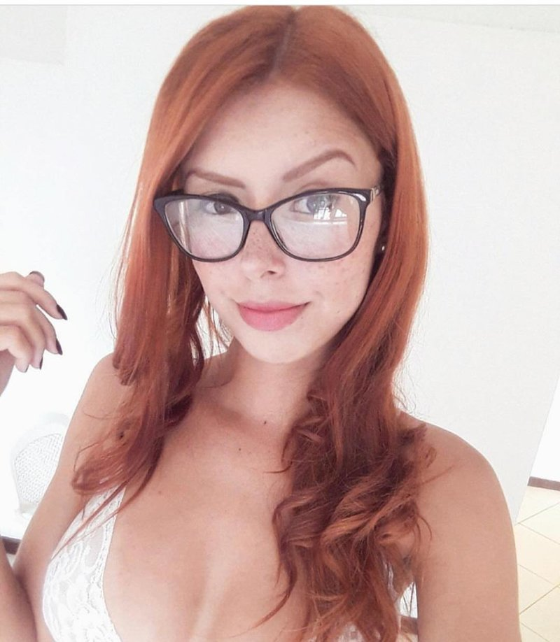 Красивые рыжие девушки с веснушками