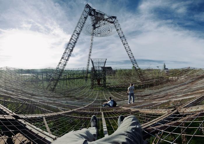 Заброшенные советские уникальные объекты и сложная техника